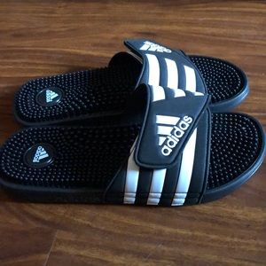 ADIDAS sandals (adissage slides)  mens size 8